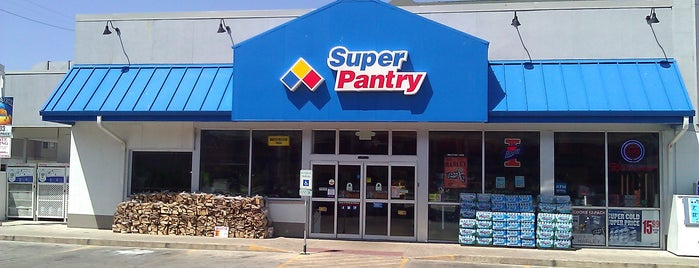 Super Pantry is one of Lugares guardados de Evan.