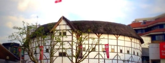 Shakespeare's Globe Theatre is one of London Essentials.