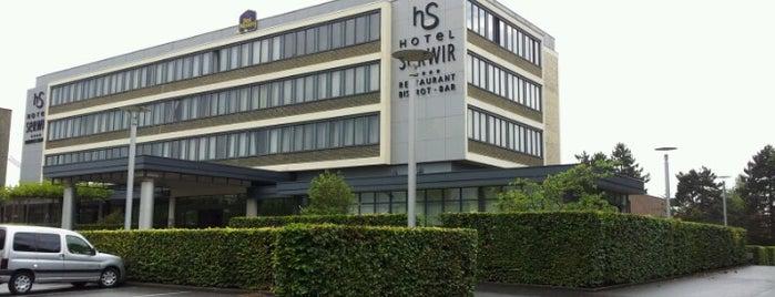 Hotel Serwir is one of Tempat yang Disukai Yves.