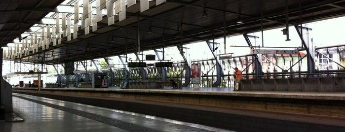 Estação Ferroviária de Entrecampos is one of Lisbon.