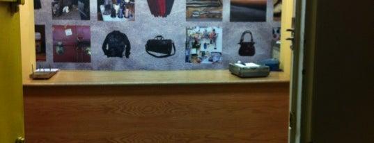 Modern Leather Goods & Repair is one of Nicole : понравившиеся места.