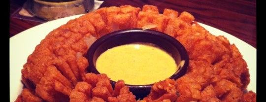 Outback Steakhouse is one of Renata 님이 좋아한 장소.