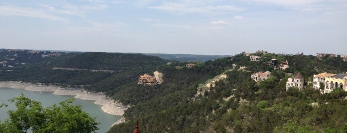 Lake Travis Yacht Charters is one of Todo in Austin.