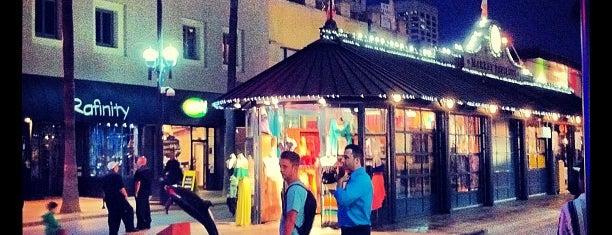 Third Street Promenade is one of Top 10 dinner spots in Culver City, CA.