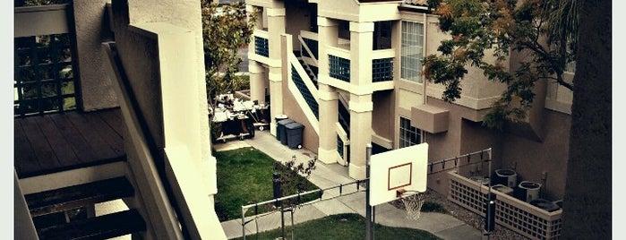 Staybridge Suites Sunnyvale is one of Lugares favoritos de Samar.