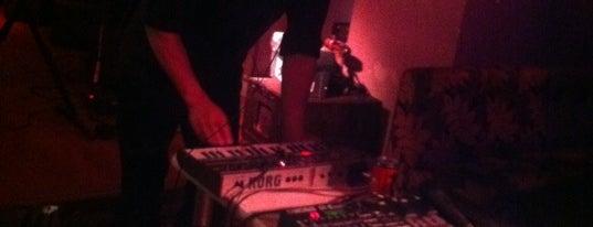 Le Scop'Club is one of LIVE MUSIC PARIS.