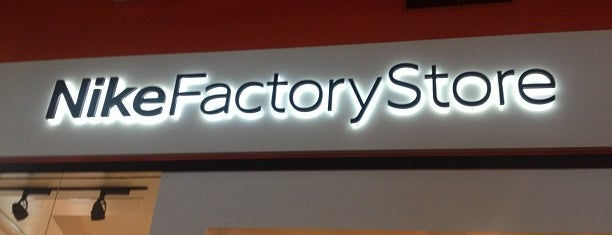 Nike Factory Store is one of Mo's Liked Places.