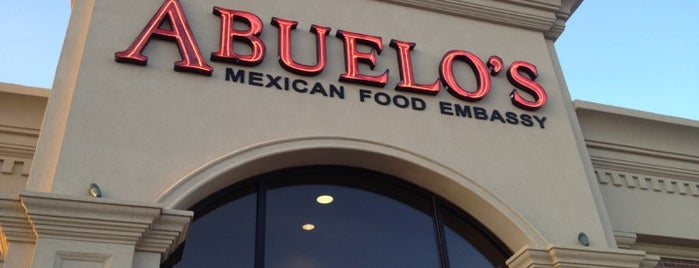 Abuelo's Mexican Restaurant is one of Greer'in Beğendiği Mekanlar.
