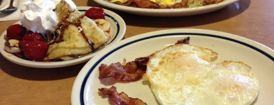 IHOP is one of Locais curtidos por Tim.