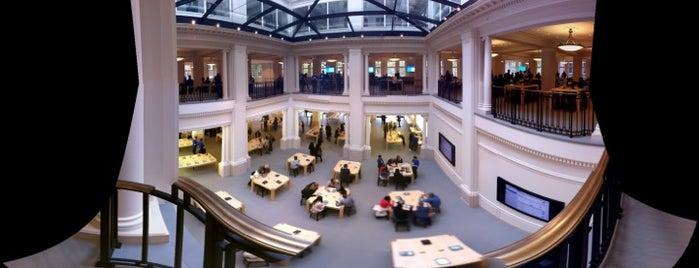 Apple Amsterdam is one of Viagem.