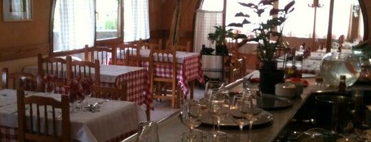 Restaurant Cal Pajares is one of Tempat yang Disukai Caótica.