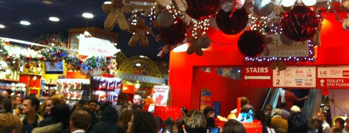 Hamleys is one of Must Visit Christmas Window Displays.
