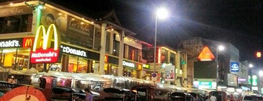 Chiang Mai Night Bazaar is one of Thai Flowers.