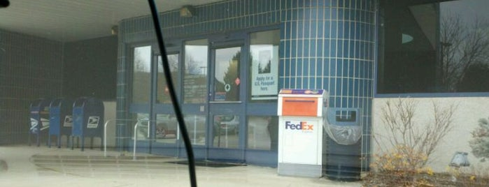 US Post Office is one of Locais curtidos por Vicky.