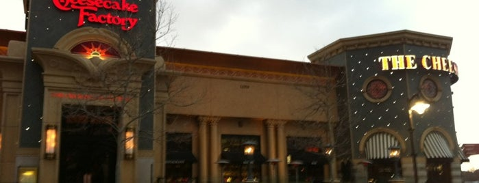 The Cheesecake Factory is one of Tiffany : понравившиеся места.