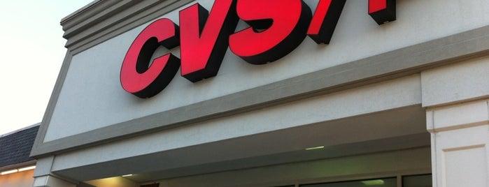CVS pharmacy is one of สถานที่ที่ DaByrdman33 ถูกใจ.