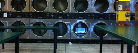 Coinless Laundry is one of John 님이 좋아한 장소.