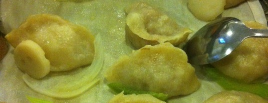 Dumpling King is one of Lugares favoritos de Chuck.