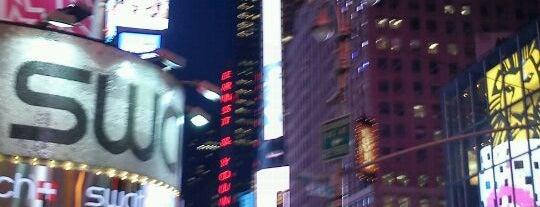タイムズスクエア is one of Top 10 favorites places in New York, NY.