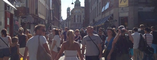 Strøget is one of Copenhagen To-Do!.