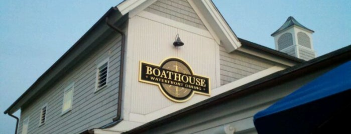The Boat House Restaurant is one of Lugares guardados de Carol.