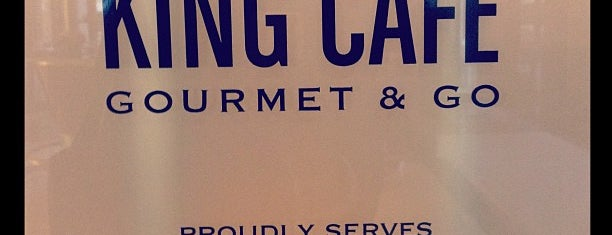King Cafe Gourmet & Go is one of Tempat yang Disukai Alberto J S.