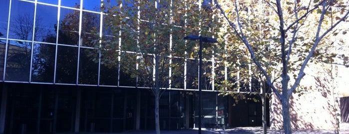 Seymour Theatre Centre is one of Dasha : понравившиеся места.