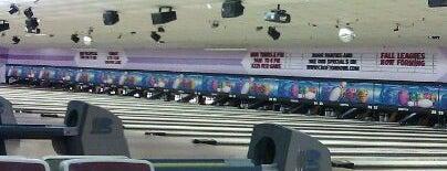 Crofton Bowling Centre is one of Locais salvos de Queen.