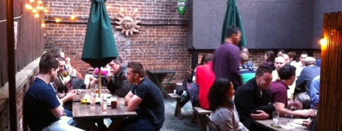 Lunasa is one of NYC - outdoor drinking spots.