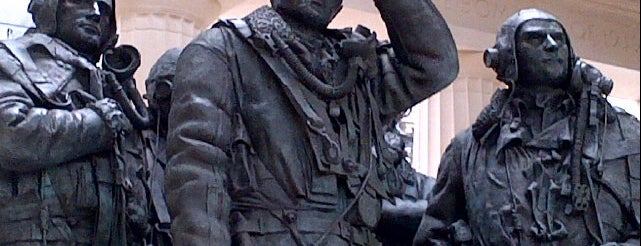 RAF Bomber Command Memorial is one of London tour.