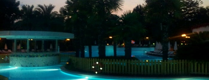 Rixos Downtown Beach Club is one of Lugares guardados de Mujdat.