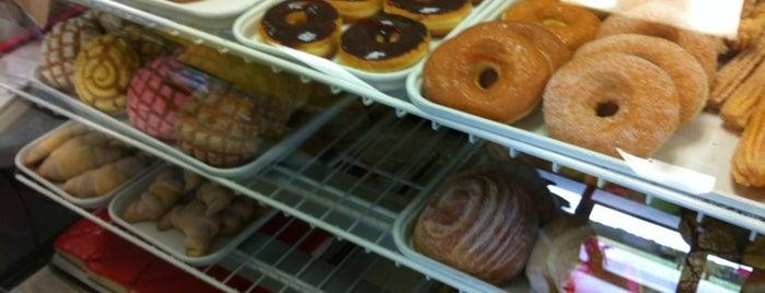 Pablito's Bakery & Taqueria is one of Tempat yang Disimpan Diane.