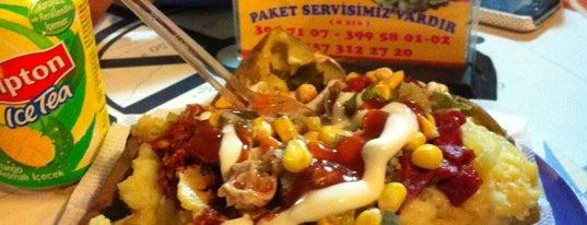 Bay Fiko Kumpir&Cafe is one of Posti che sono piaciuti a Naz.