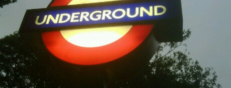 Highgate London Underground Station is one of Underground Stations in London.
