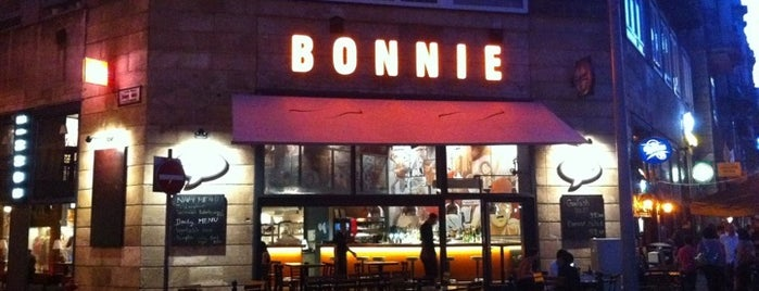 Bonnie Restro is one of Feed me Budapest.