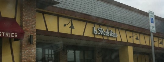 la Madeleine French Bakery & Café Addison is one of KATIE 님이 좋아한 장소.