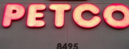 Petco is one of สถานที่ที่ Jose ถูกใจ.