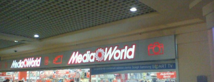 MediaWorld is one of Locais curtidos por Paolo Giulio.