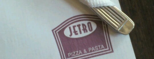 Jetro is one of Las mejores medialunas.