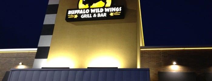 Buffalo Wild Wings is one of Ristoranti.
