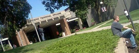 Hennepin Technical College is one of Alan'ın Beğendiği Mekanlar.