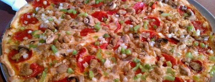 FatKats Pizzeria & Restaurant is one of Locais curtidos por Erik.