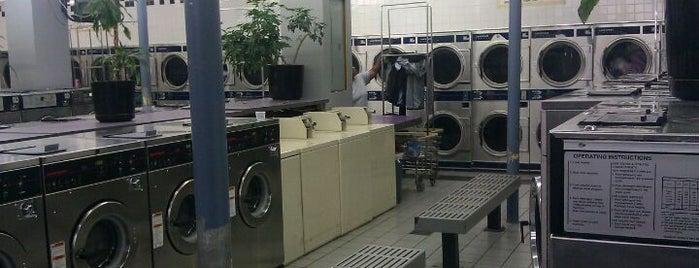 Village Laundrymat is one of D: сохраненные места.
