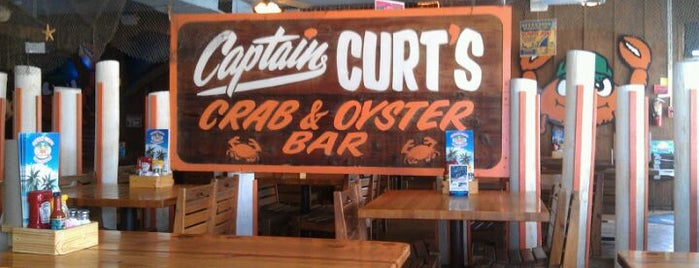 Captain Curt's Crab & Oyster Bar is one of Sarasota.