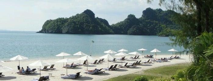 Tanjung Rhu Resort is one of barry.