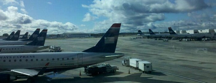 Flughafen Charlotte (CLT) is one of Airports around the World.