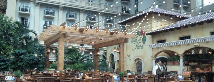 Villa de Flora is one of Sunday Brunch in & around Orlando.