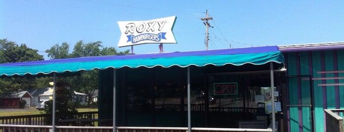 Roxy's Hamburgers is one of สถานที่ที่บันทึกไว้ของ Josh.