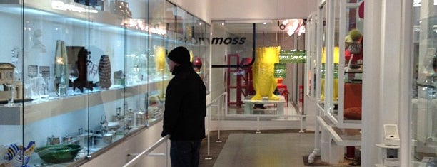 Moss is one of Worldwide: Best Design & Concept-Stores!.