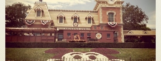 Disneyland Park is one of My BEST of the BEST!.